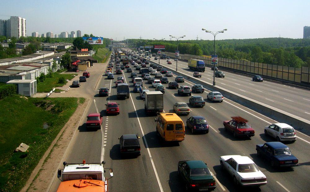 Система «Паутина», которая только внедряется в России, должна анализировать информацию обо всех движущихся машинах