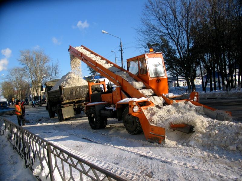 Движение в СПБ парализовано снегом