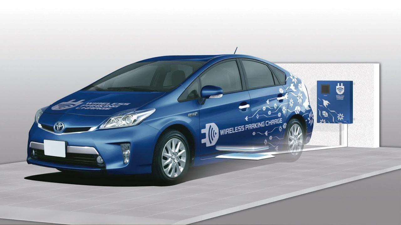 Беспроводная зарядка Toyota