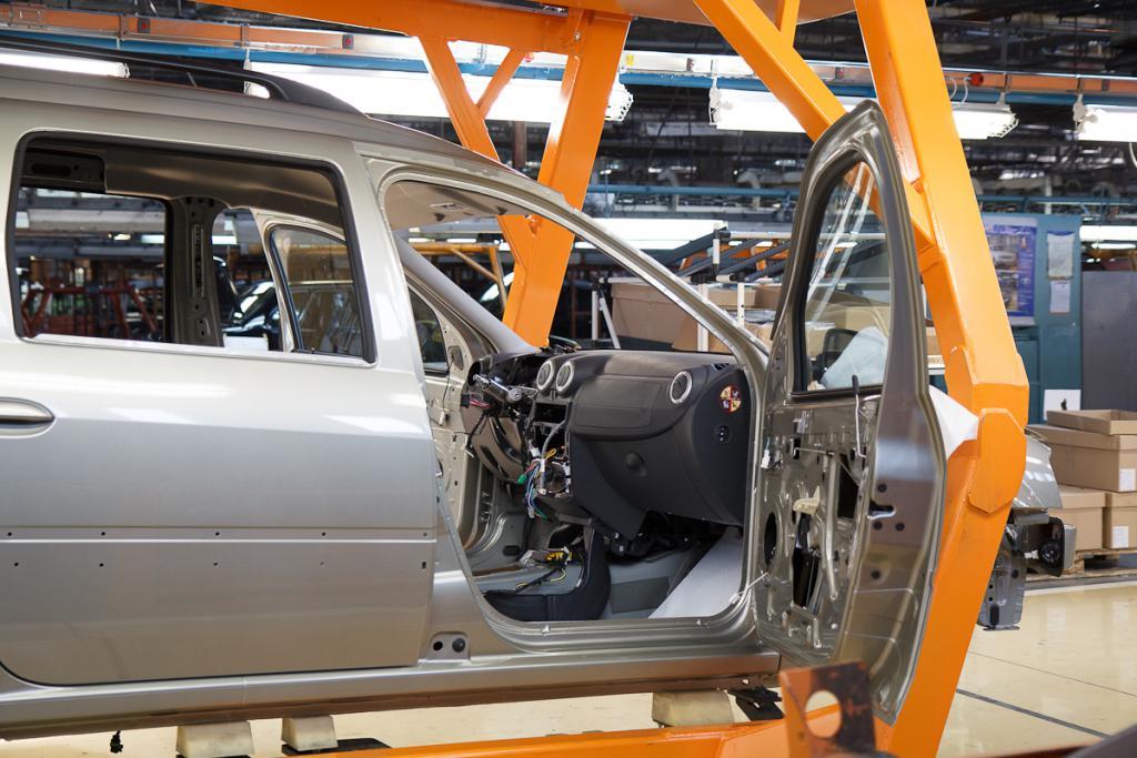 производство Nissan