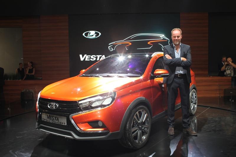 Мировая премьера Lada Vesta Cross Concept состоялась в Москве