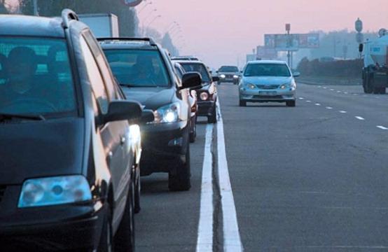 Госдума собирается вернуть на дороге скрытые патрули