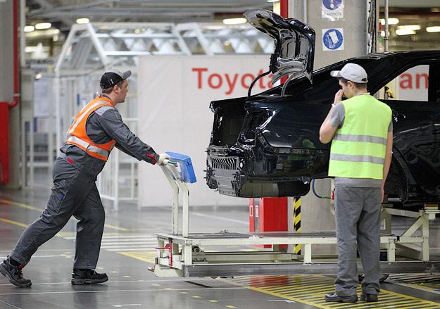 Toyota Camry презентация в СПБ