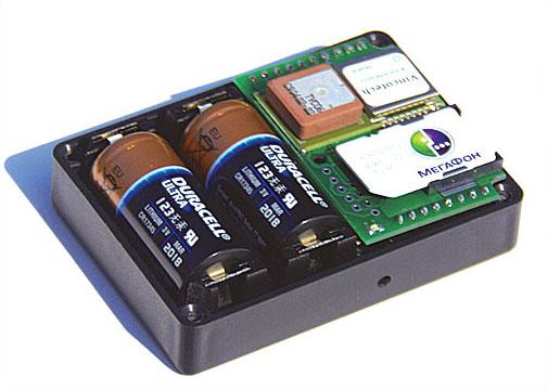 батарея и сим-карта в трекере