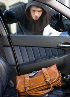Частые кражи имущества из автомобилей в Республике Марий Эл