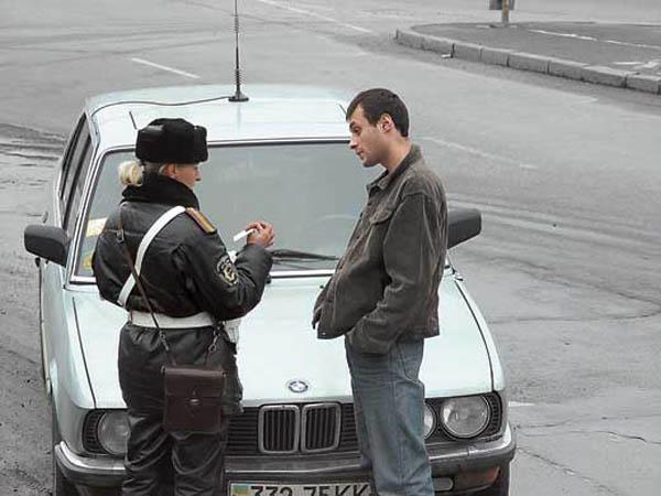 Инспектор ГИБДД вправе привлечь Вас к административной ответственности